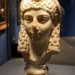 Portret van een Ptolemaische koningin vermoedelijk Cleopatra Ca 100 vC